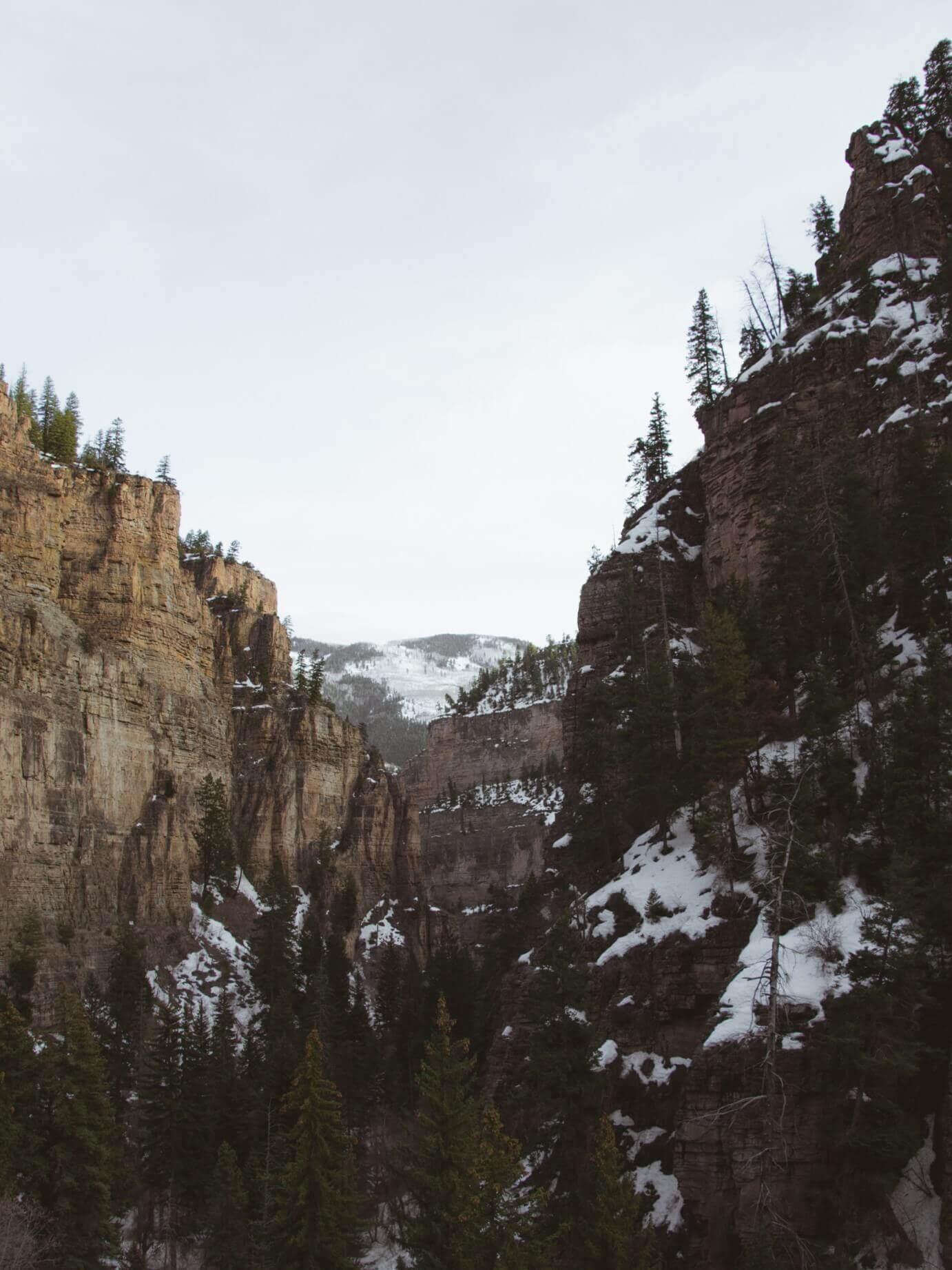 things to see in colorado hanging lake view